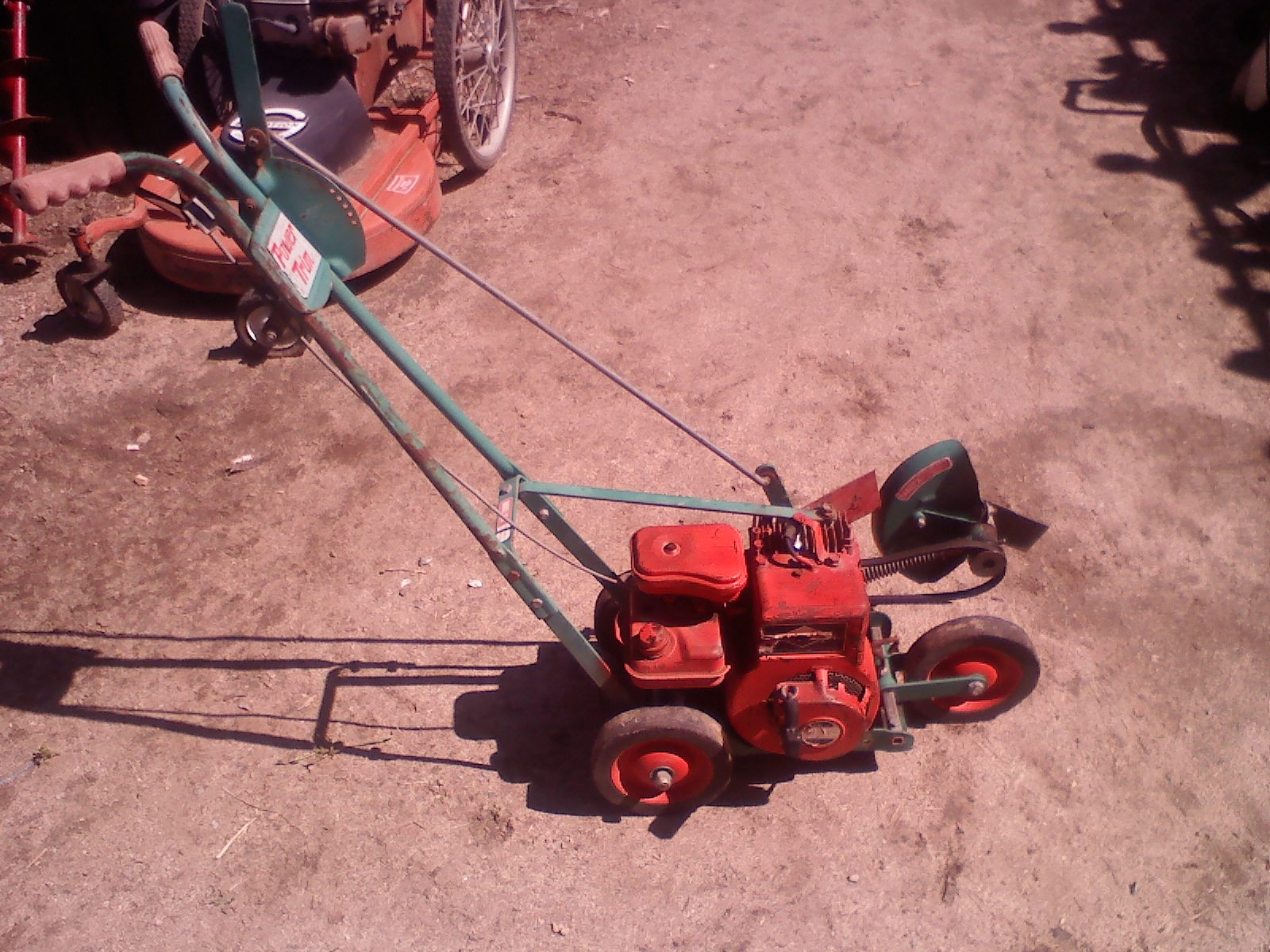 Equipment for sale nuevo lawn and garden equipment for Garden equipment for sale